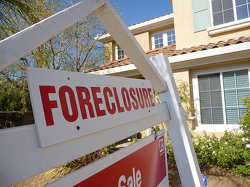 South Florida Home in Foreclosure Photo credit – http://www.flickr.com/photos/respres/ / CC BY 2.0